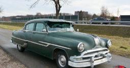 Pontiac Eight Chieftain 1951 r.