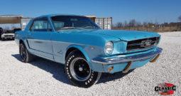 Ford Mustang z 1965 r., Manualna skrzynia, 220 KM