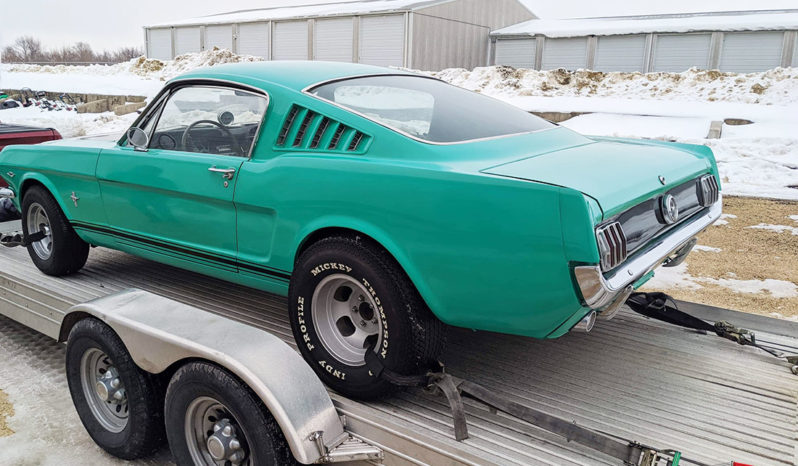 Ford Mustang Fastback 1965 rok full